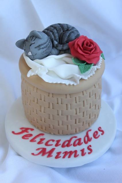 Tarta gato, gato fondant, tarta cesta, tarta cesta gato, felicidades mimis, cat cake